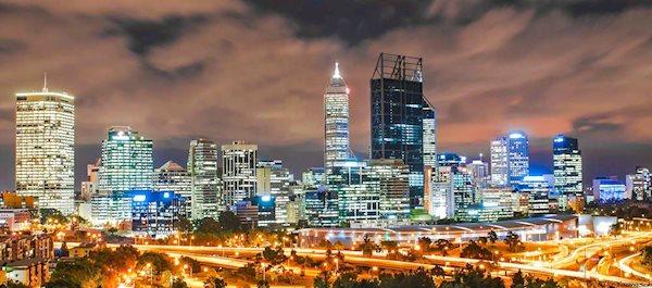 Pour votre voyage Perth, comparez et trouvez un hôtel au meilleur prix.  Le Comparateur d'hôtel regroupe tous les hotels Perth et vous présente une vue synthétique de l'ensemble des chambres d'hotels disponibles. Pensez à utiliser les filtres disponibles pour la recherche de votre hébergement séjour Perth sur Comparateur d'hôtel, cela vous permettra de connaitre instantanément la catégorie et les services de l'hôtel (internet, piscine, air conditionné, restaurant...)