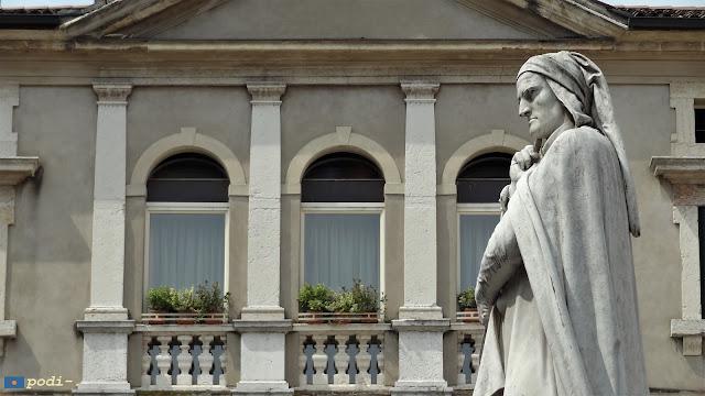 Dante Alighieri - Verona - piazza dei signori