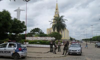 Bandidos armados assaltam farmácia no centro de Bodocó - PE
