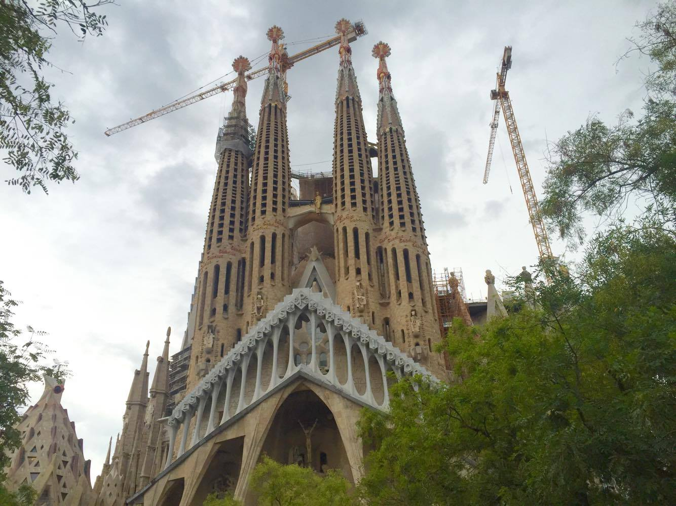 The Travel Gazette: COSA VEDERE E DOVE DORMIRE A BARCELLONA
