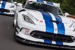 Viper ACR comes within Spitting distance of 7 minutes on the Nürburgring