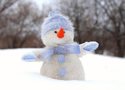 Easy and Fun Ideas for A December Daisy Troop Party-Make a Sock Snowman