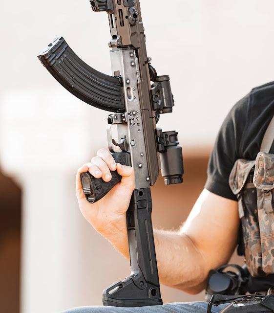 AK-47-Childers-Modern-Tactical-Folding-Stock-Railed-Dustcover-Optic-Polymer-Grip-Trapdoor-MLOK