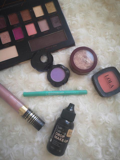 bodegón de maquillaje