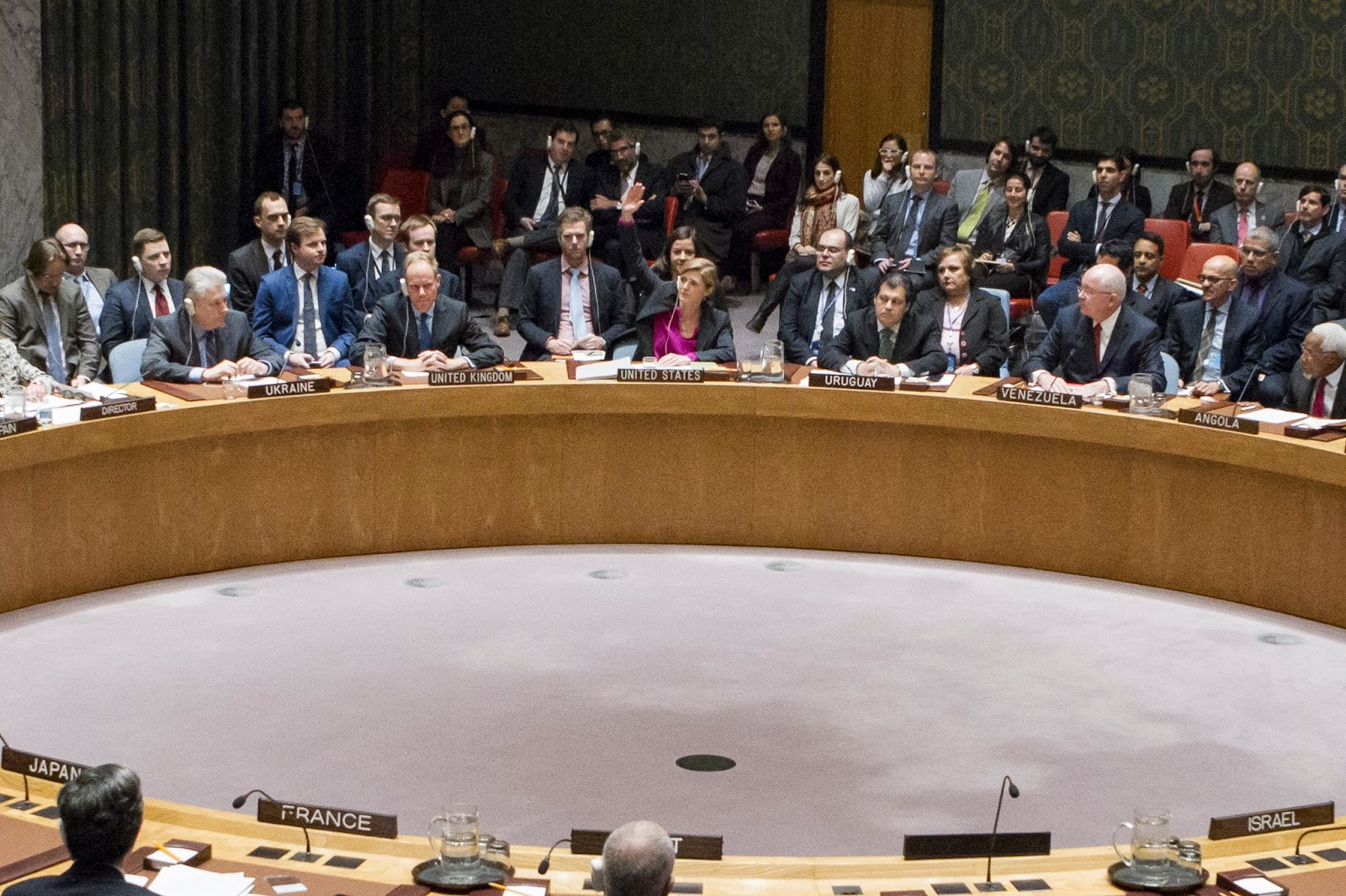 Security Council resolution 2334 calls Israel to cease all settlement  activities