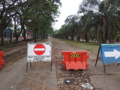 Setahun Lebih Jalan Ir. H. Juanda, Kota Tangerang, Rusak Parah Tanpa Perbaikan