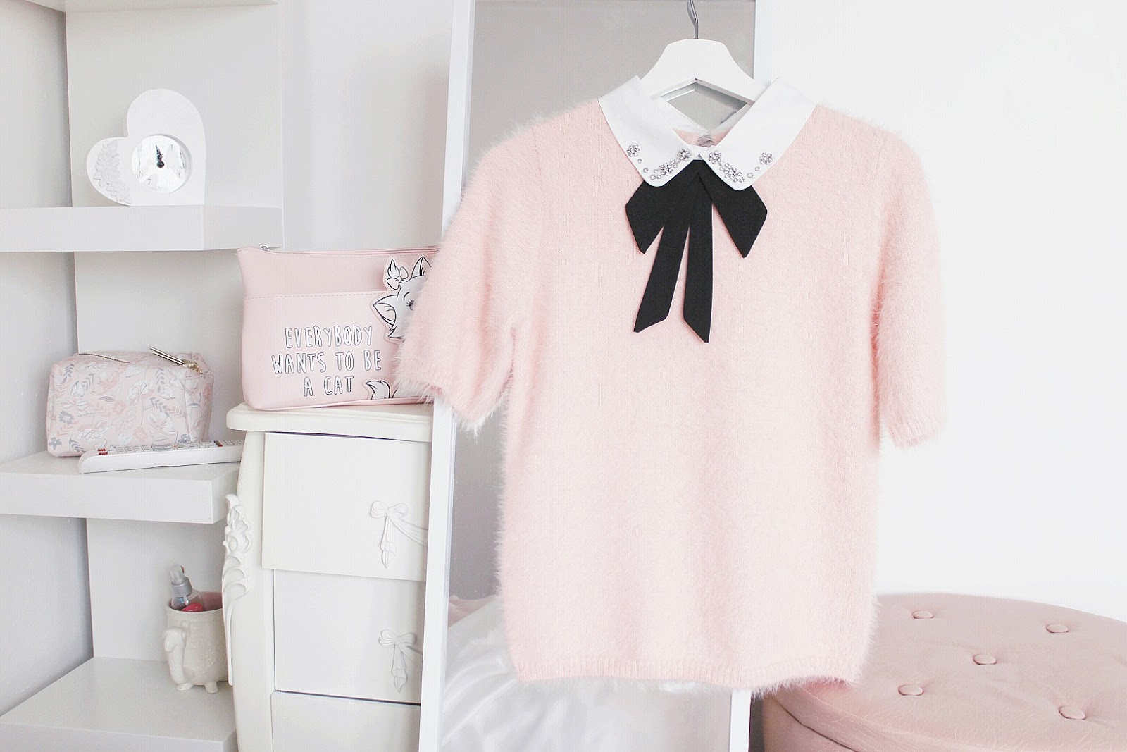 How to dress girly at school or work