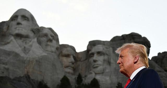 Trump alimenta e agrava tensões nacionais na comemoração do 4 de julho