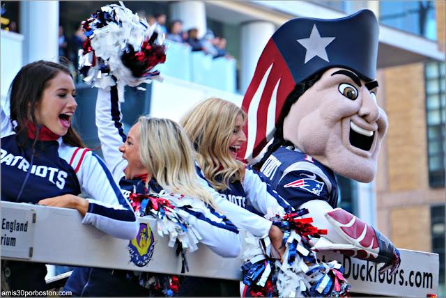 Pat Patriot en el Desfile de Celebración de la Super Bowl LIII