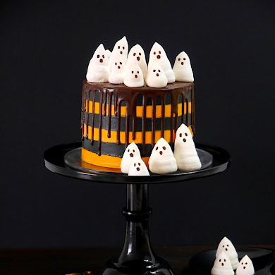 Halloween Chocolate Orange Layer Cake with Meringue Ghosts 👻
