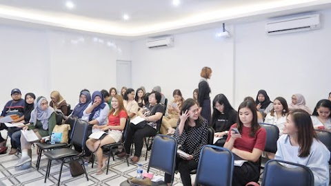 Workshop Mengubah Pola Pikir Diet Optimal di LightHOUSE Surabaya