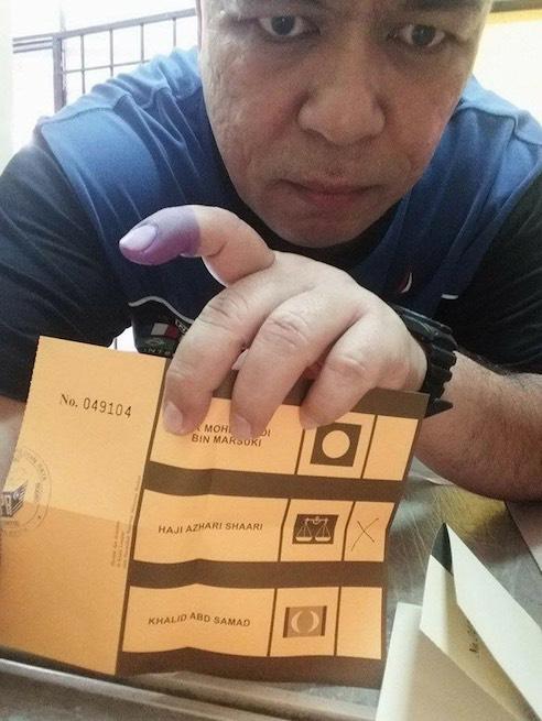 Lelaki Ini Bakal Dihukum Penjara dan Denda RM5,000 Akibat Siar Kertas Undi di Facebook