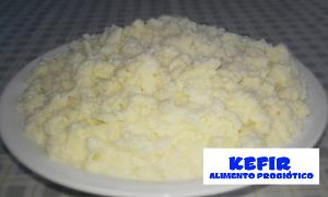 Kefir de leite em formato de pele