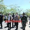 Pangdam Hasanuddin Bersama Kapolda Sulsel, Dampingi Kepala BNPB dan Mensos Tinjau Lokasi Banjir