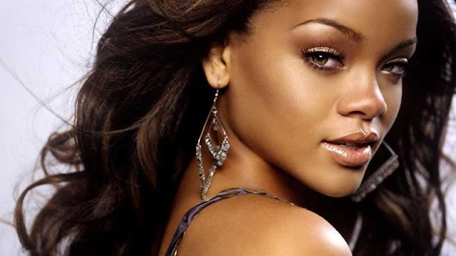 Rihanna Sell Me Candy MP3, Video & Lyrics