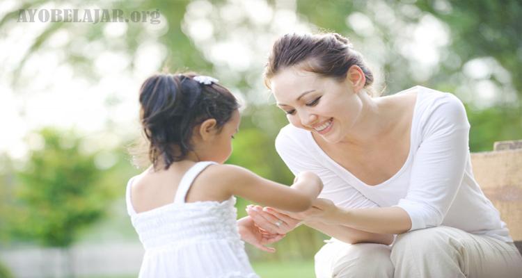 https://www.ayobelajar.org/2018/12/pendidikan-8-cara-mengajari-anak-sopan.html