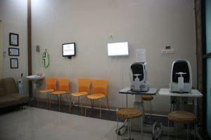 Ruang Pemeriksaan Kuningan Eye Center