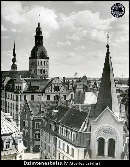 Первая половина 1980-х годов. Рига. Римско-католическая церковь Скорбящей Богоматери, Домский собор, церковь Святого Петра и строящаяся телебашня