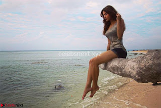 TV Actress Aashka Goradia in Bikini on a trip to Andamad Island ~ Exclusive