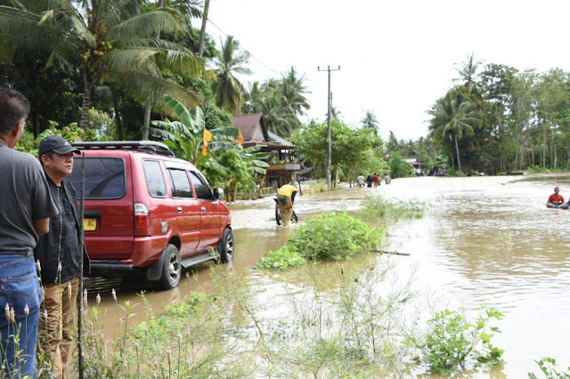 Bupati Soppeng Minta Instansi Terkait Identifikasi Kerugian Akibat Banjir