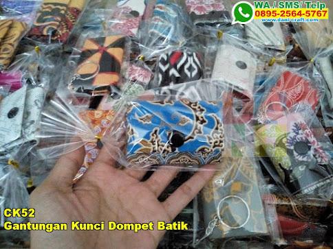 Toko Gantungan Kunci Dompet Batik