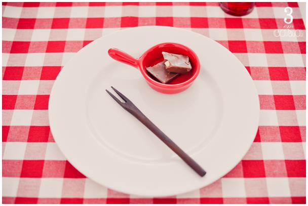 mesa posta sobremesa