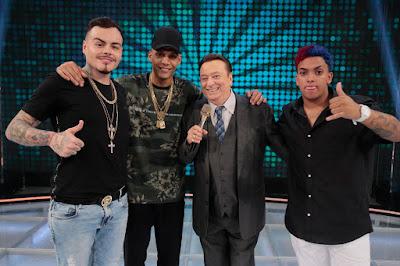 Jurados do Funkeirinhos MC Ruzika, MC Pierre, Raul Gil e MC Brinquedo (Foto: Rodrigo Belentani/SBT)