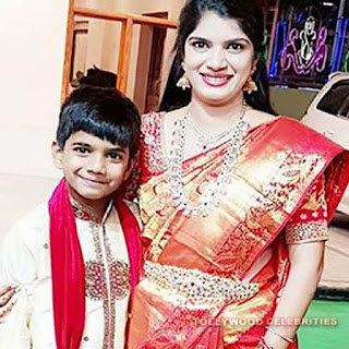 Deepti TV Anchor Profile Biography Age Husband Son  Daughter Family Photos Biodata Body Measurements