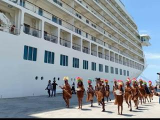 KSOP Biak Sambut Pelayaran Perdana Kapal Wisata MV The World Ke Papua