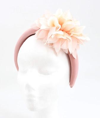 PV 2020 Nude blanco flor 04 Diadema