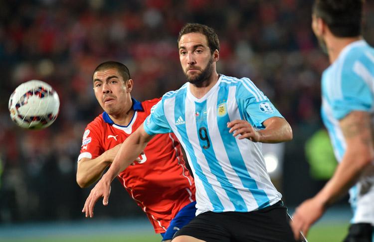 Argentina derrota a Chile