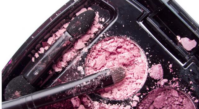 10 طرق لإعادة تدوير منتجات التجميل الخاصة بك