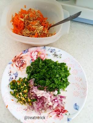 Amazing Carrot & Sweet Potato Pancake Recipe @ treatntrick.blogspot.com