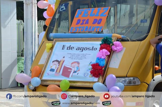 Sem aglomerações, Secretaria de Educação de Amparo promoveu Dia do Estudante