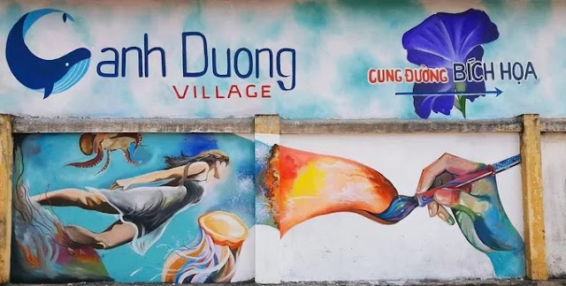 Mural village invite guests to check-in Quang Binh