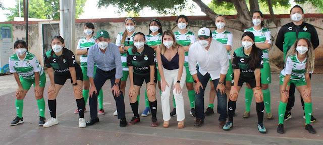 Santos Laguna abre escuela en Mérida