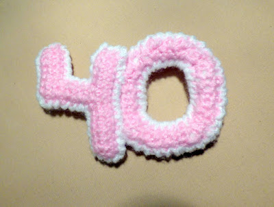 crochet numbers brooch for 40-year-old