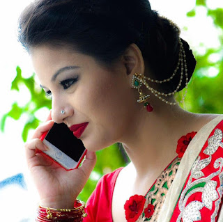 farhana nisho talking in phone