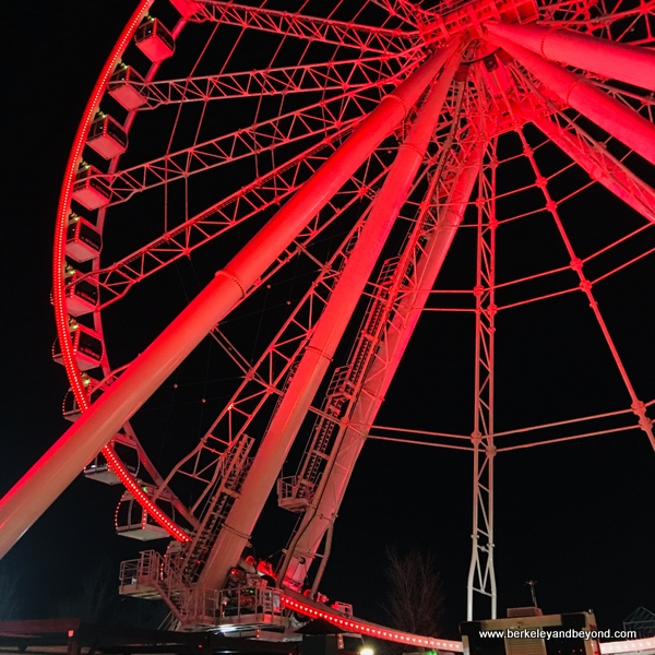 Montreal Observation Wheel/La Grande Roue glows red