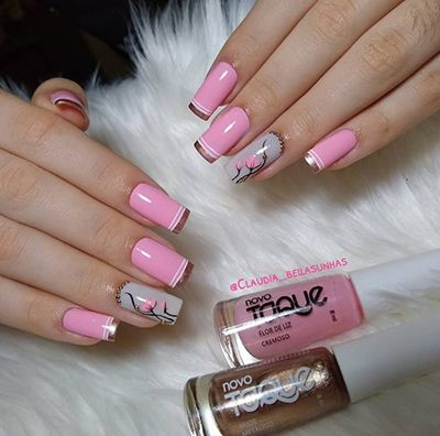 unhas decoradas com esmalte rosa 11