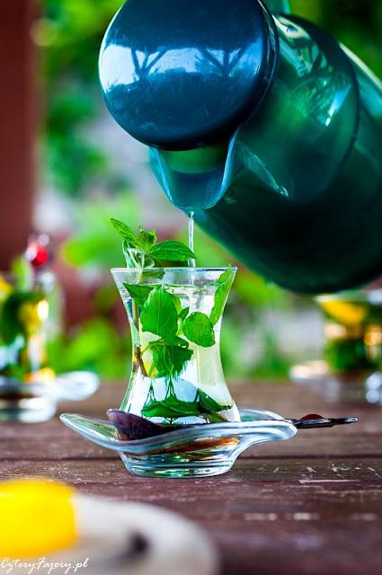 herbata-ze-swiezej-miety