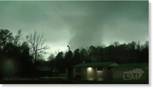 Tornado damages homes in Choctaw County, Alabama