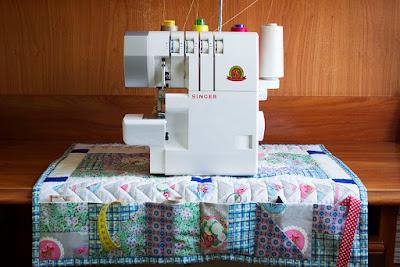 Manta máquina de coser. Patchwork