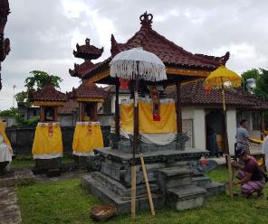 Hari Raya Kuningan di Bali