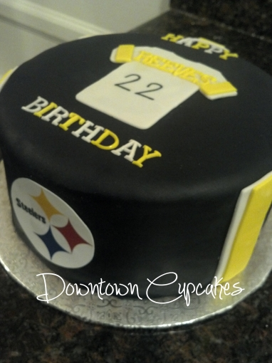 Downtown Cupcakes Pittsburgh Steelers Cake