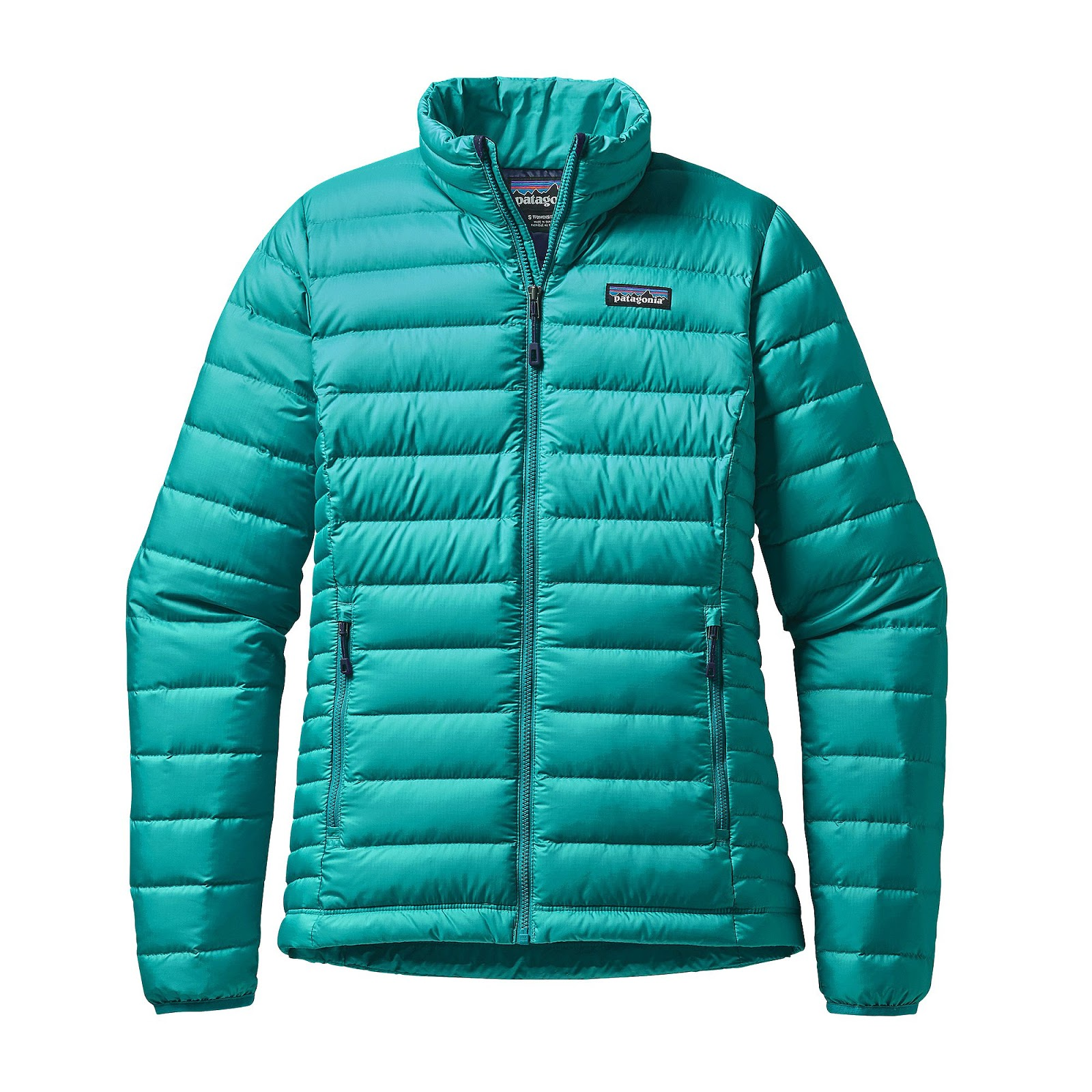 What To Wear While Hiking In Winter For Women
