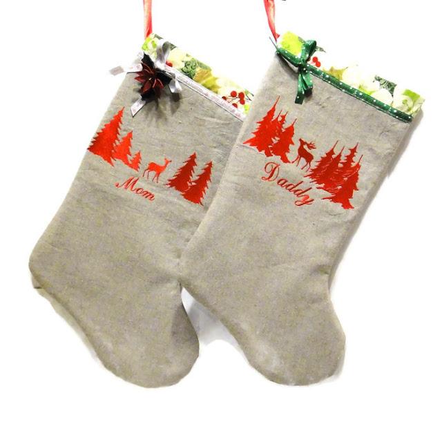 Рождественские сапожки:вышитые носки для подарков маме и папе, натуральный лен Олени в лесу