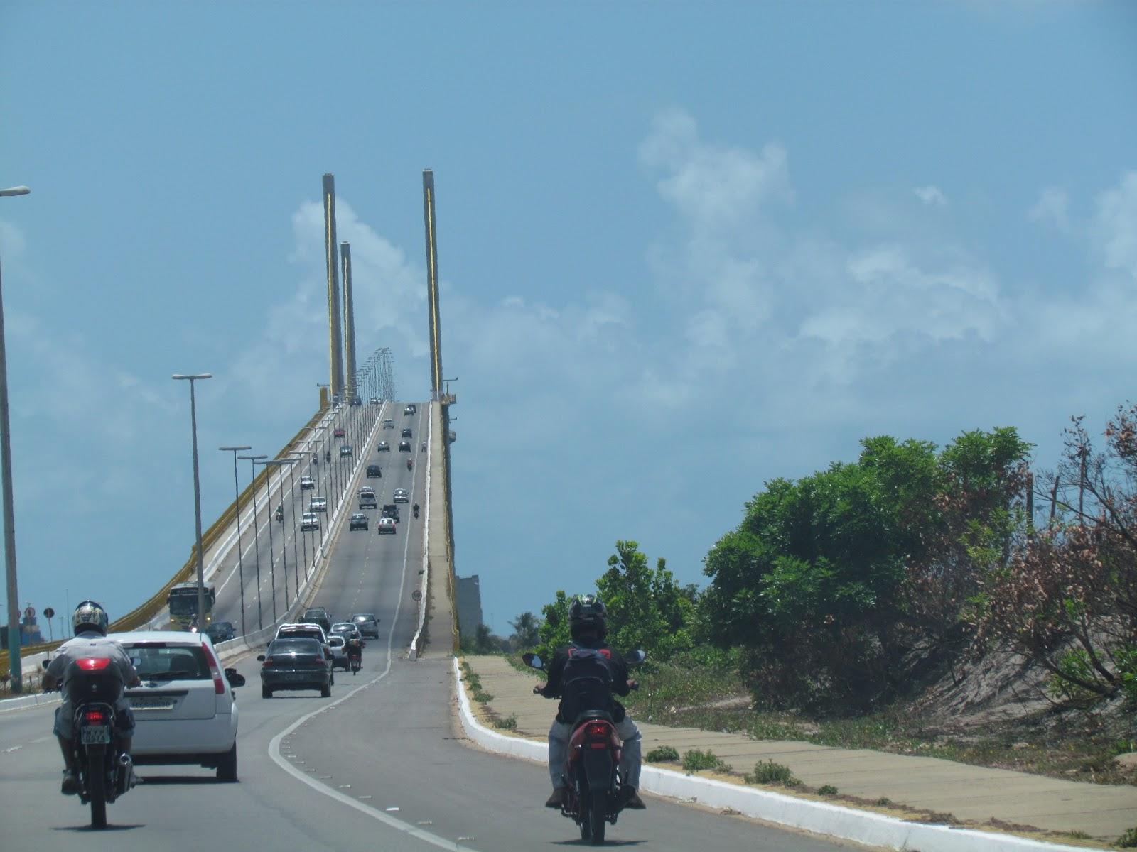 Subindo a Ponte Newton Navarro divisa de Natal com Extremoz
