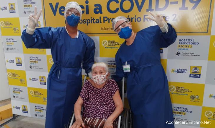 Anciana brasileña vence al coronavirus