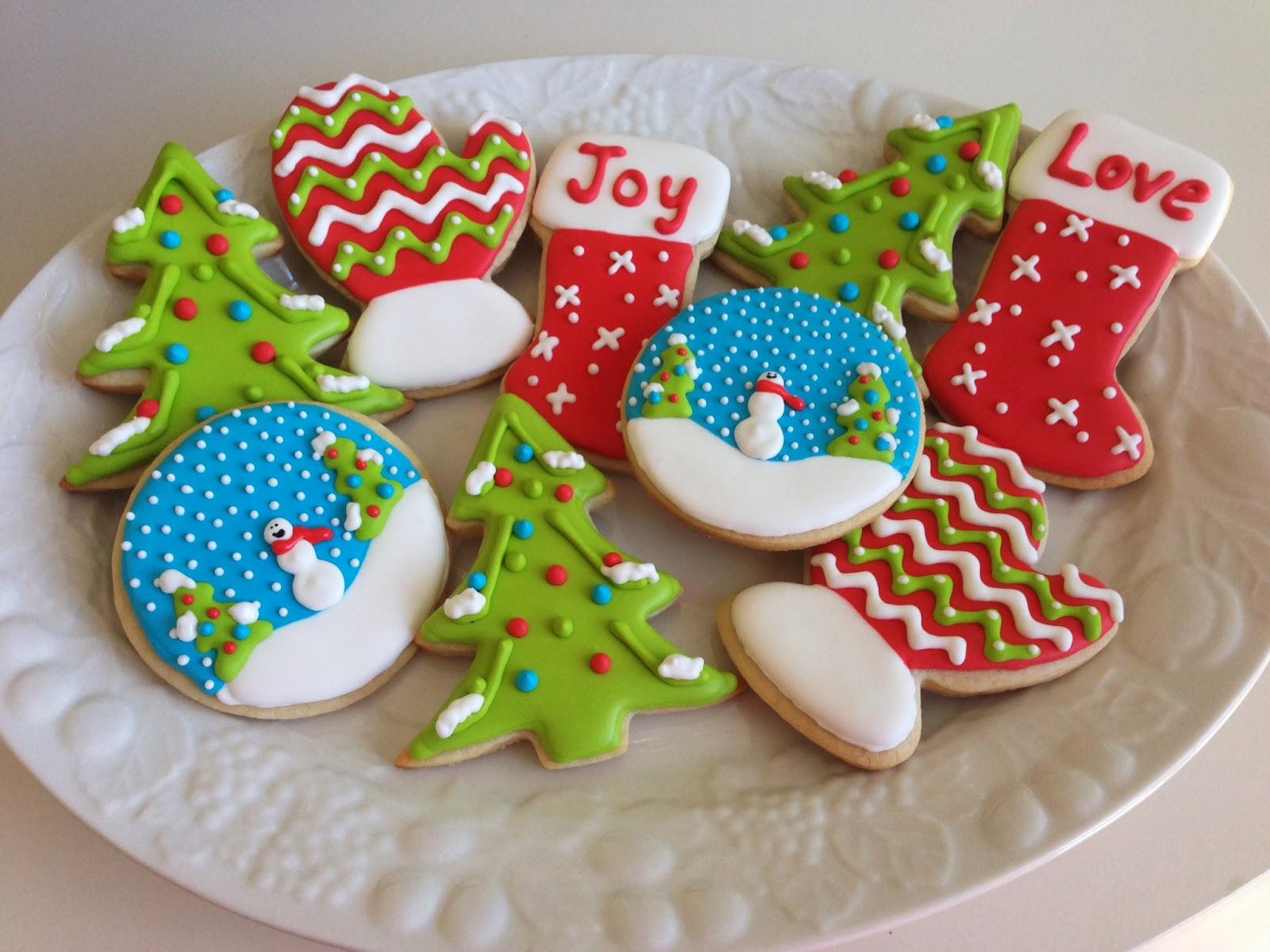 Christmas Cake Icing Recipe No Eggs: Decorating Christmas Sugar Cookies With Sprinkles
